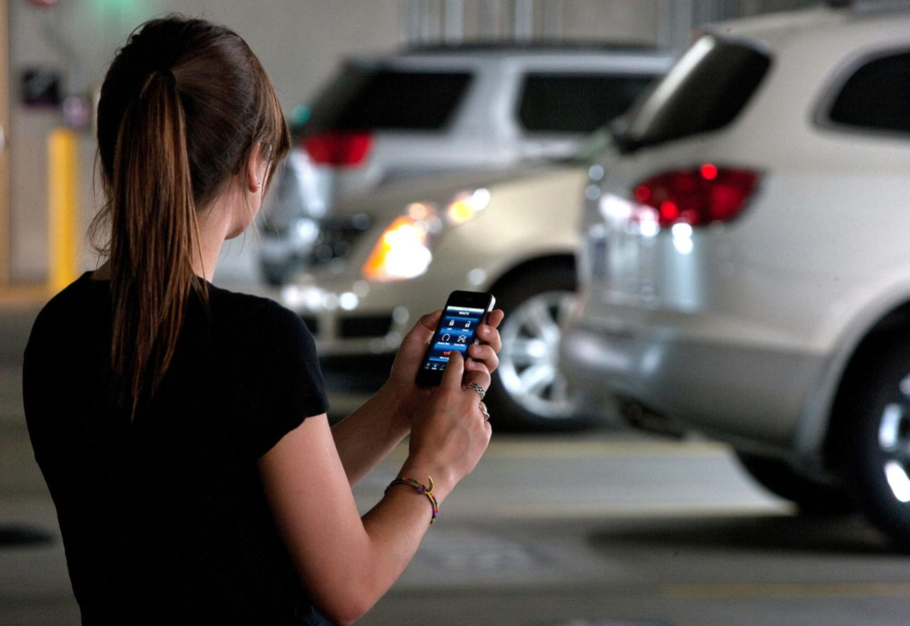 Command your Vehicle with OnStar RemoteLink