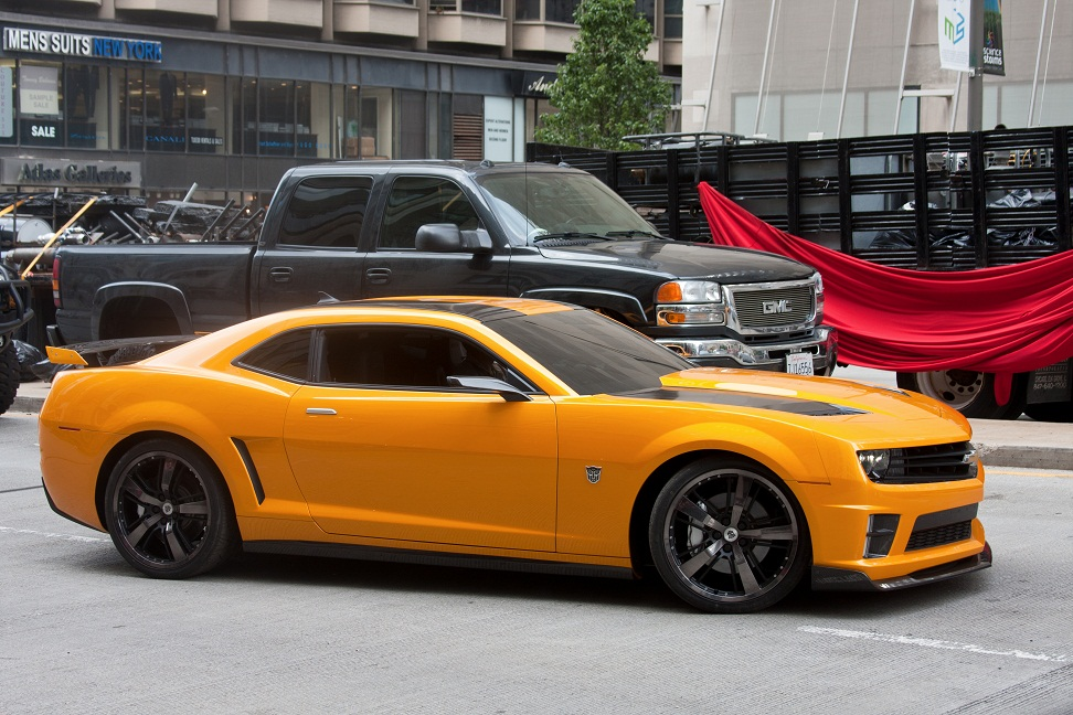 Transformers 3 Camaro In Rally Yellow Instead Of Hok