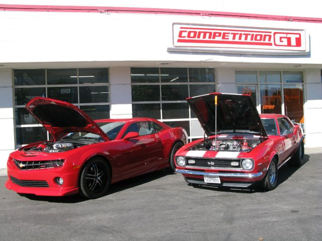 a comparison of mustang or camero Iihs evaluated 2016 models of the chevrolet camaro, dodge challenger and  ford mustang in the full battery of crashworthiness evaluations.