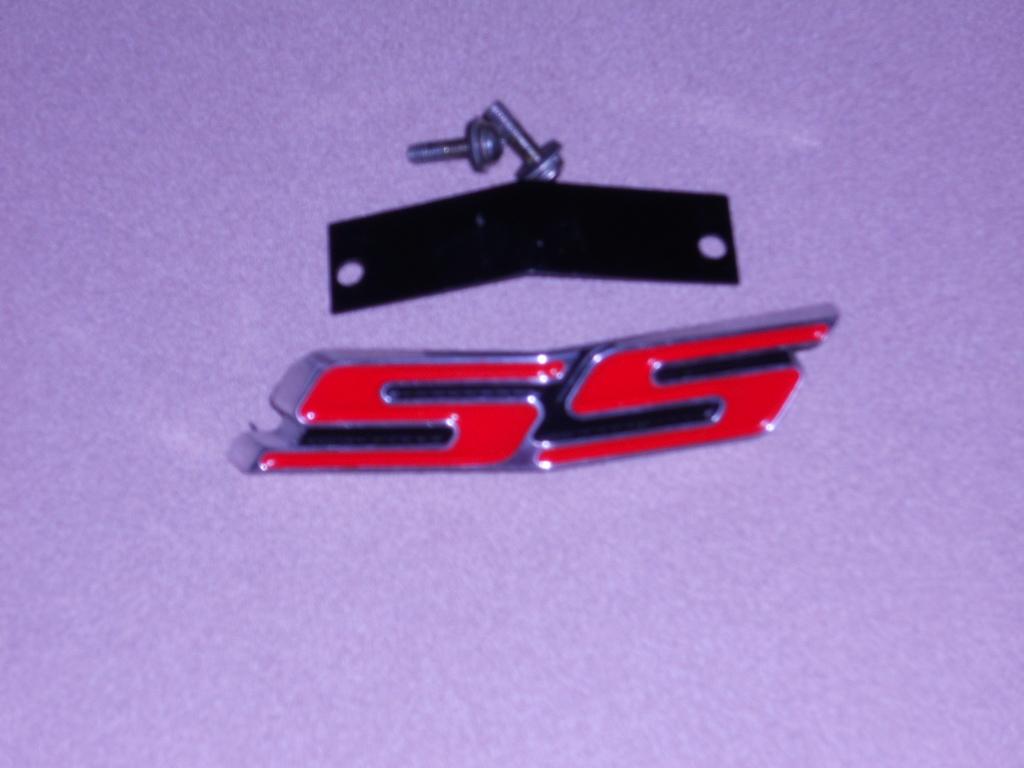 for sale sparks heritage grill ss emblem camaro5 chevy. Black Bedroom Furniture Sets. Home Design Ideas