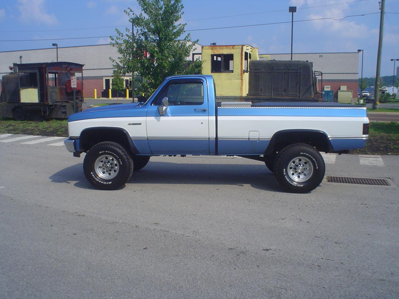 84 Chevy 2500 Silverado 4x4 With Tpi 350 And Nv4500 5