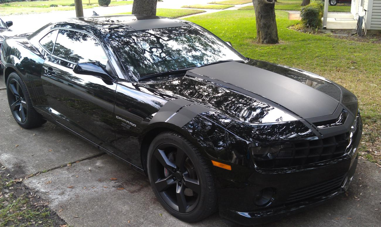Flat Black Stripes On Camaro Camaro5 Chevy Forum Zl1 Ss And V6 Forums