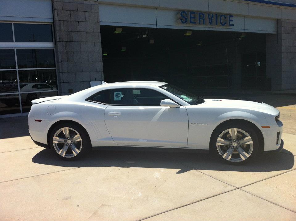summit white chevy zl1 for sale autos post. Black Bedroom Furniture Sets. Home Design Ideas