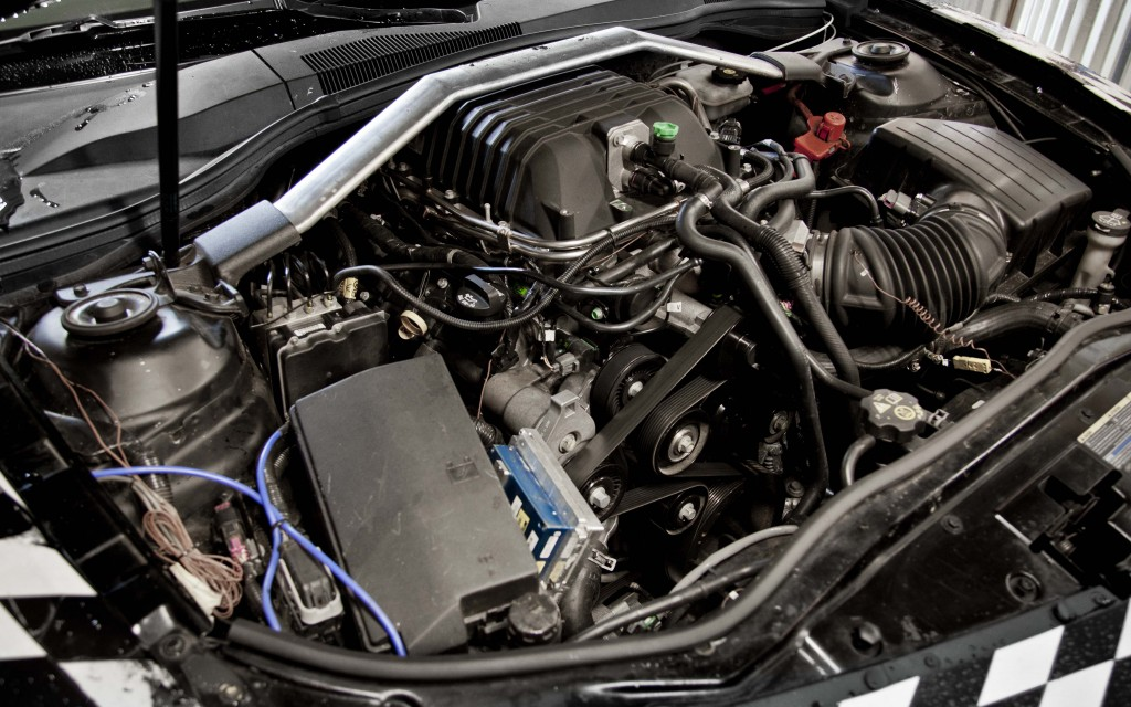 Photo Of Zl-1 With No Engine Cover    Camaro Zl1  Ss And V6 Forums