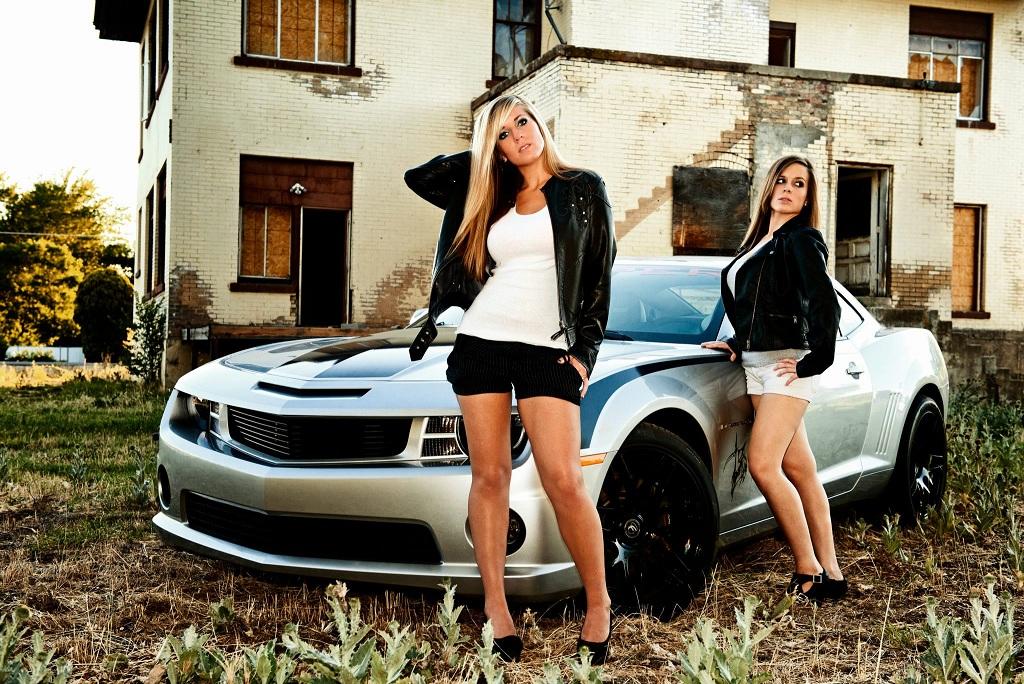 Beatiful Girls Beautiful Car Camaro5 Chevy Camaro