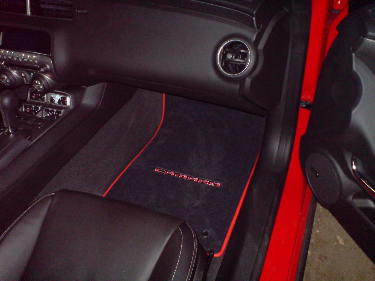 New Camaro Floor Mats (PICS) - Camaro5 Chevy Camaro Forum ...