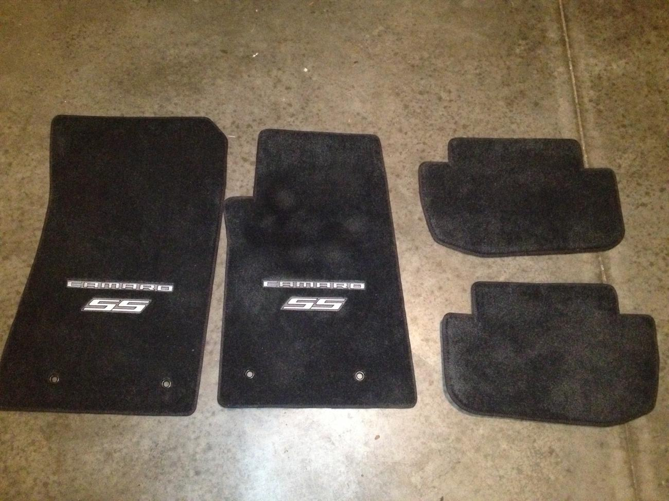 f/s lloyd mats ultimate custom floor mats - camaro5 chevy camaro
