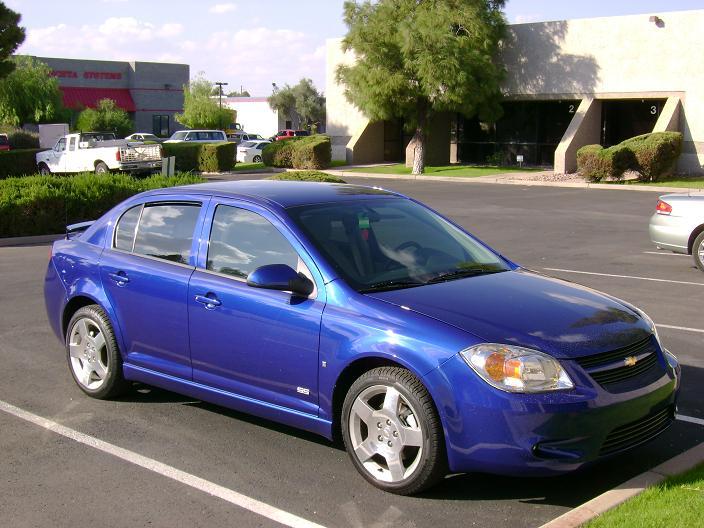 2010 cobalt sedan spotted w almost no camo camaro5 for 05 chevy cobalt 4 door