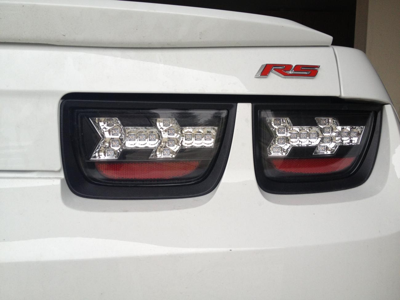 color match tail light bezel - Camaro5 Chevy Camaro Forum / Camaro ...