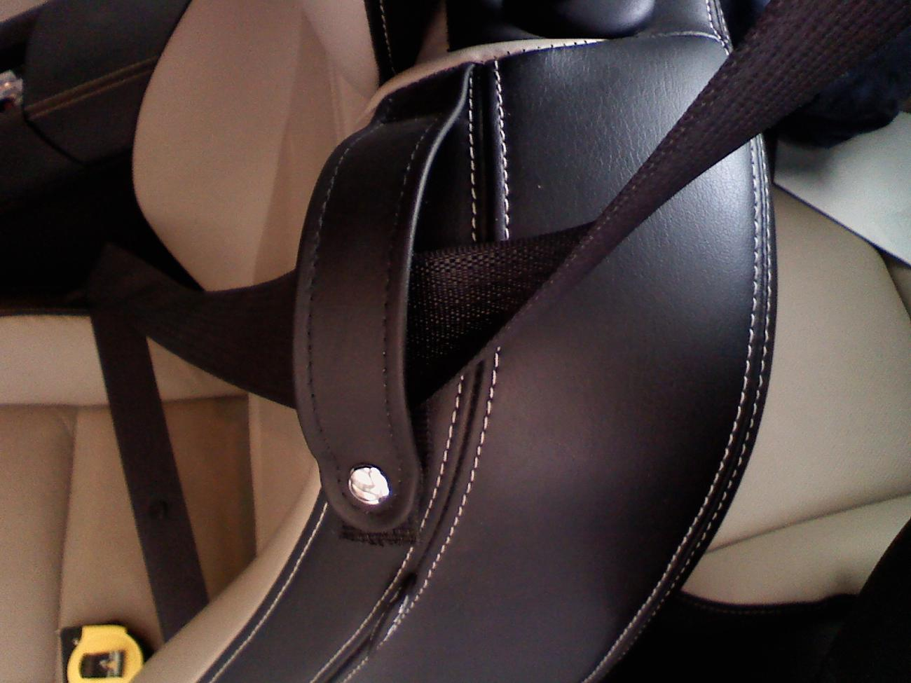 how to stop seat belt from rubbing neck