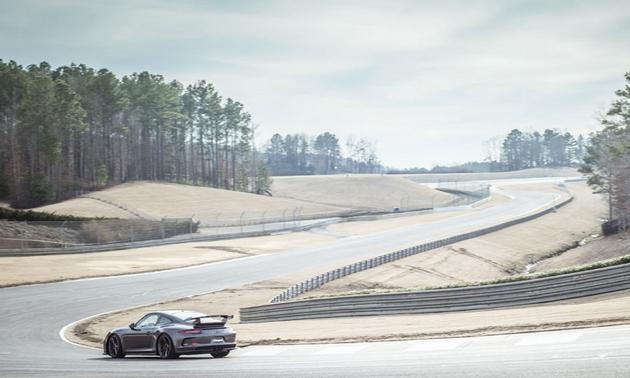 Name:  2014-Chevy-Camaro-z-28-Porsche-911-GT3.jpg&maxW=630a.jpg<br /><br /> Views: 2521<br /><br /> Size:  32.5 KB
