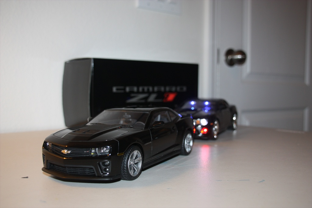 1 18th Scale Diecast 5th Gen Camaros With Rally Stripes Or Hockey Stripes For Sale Page 2