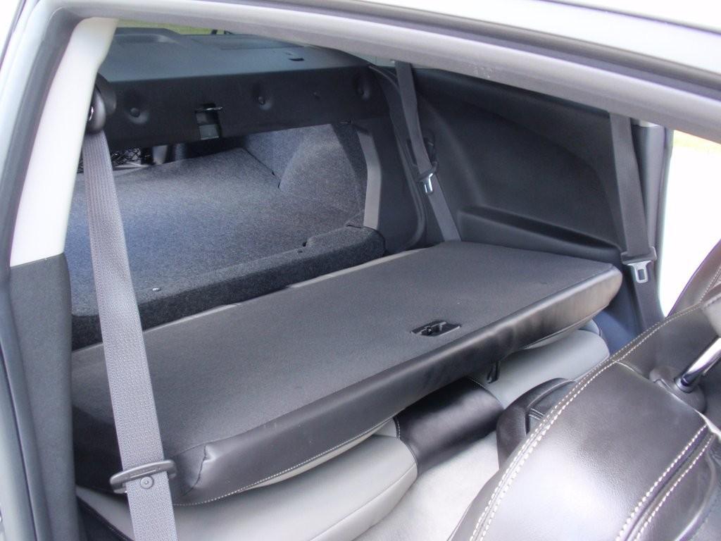 Fold Down Seat Pictures Camaro5 Chevy Camaro Forum