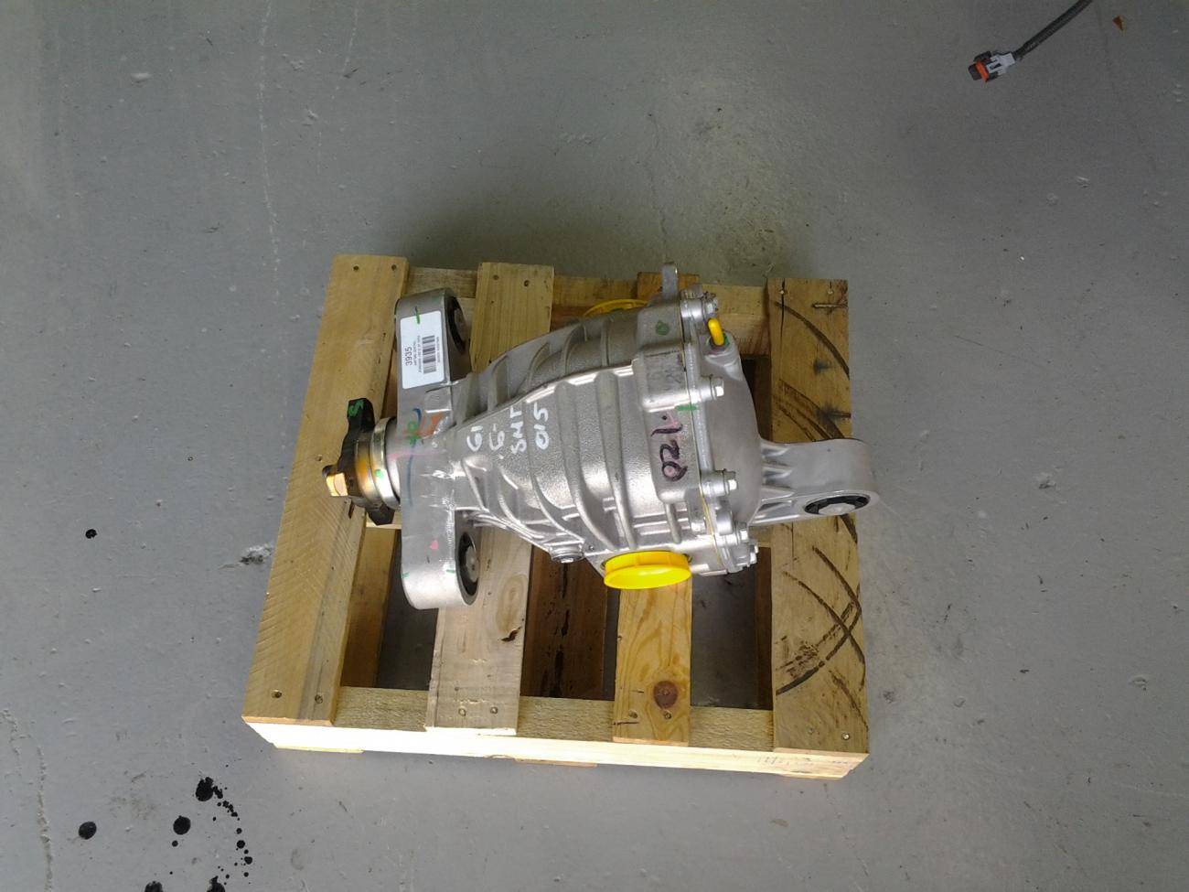 2014 CAMARO REAR END/COMPLETE GEARBOX/DIFFERENTIAL 3 27