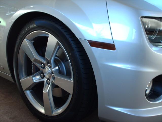 New pics of smoke tint corners and reverse lights! - Camaro5 Chevy ...