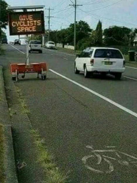 Name:  bicycle_lane.jpg Views: 218 Size:  42.9 KB