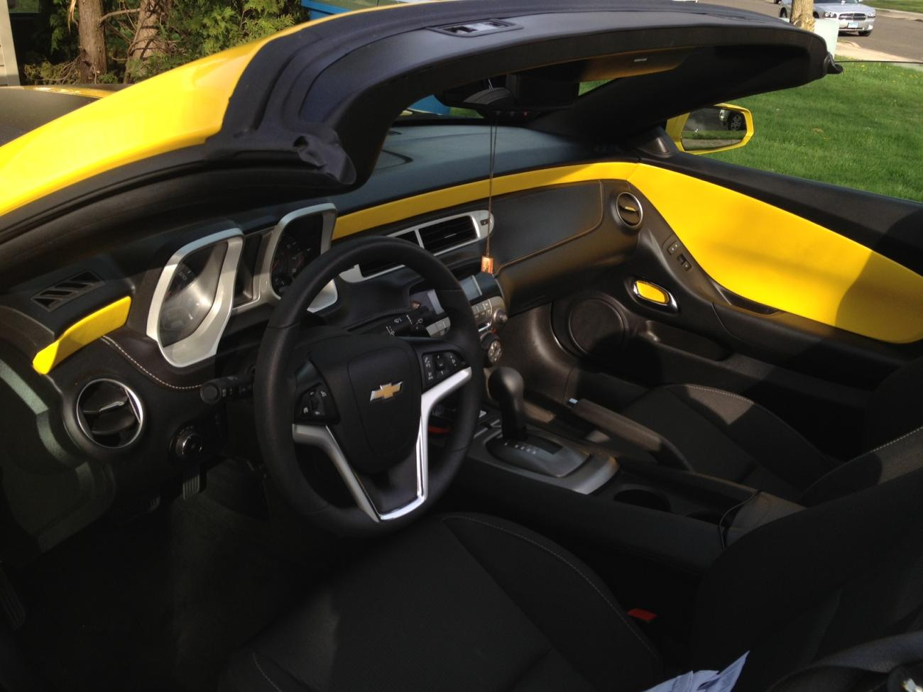 Name:  camaro interior.jpg