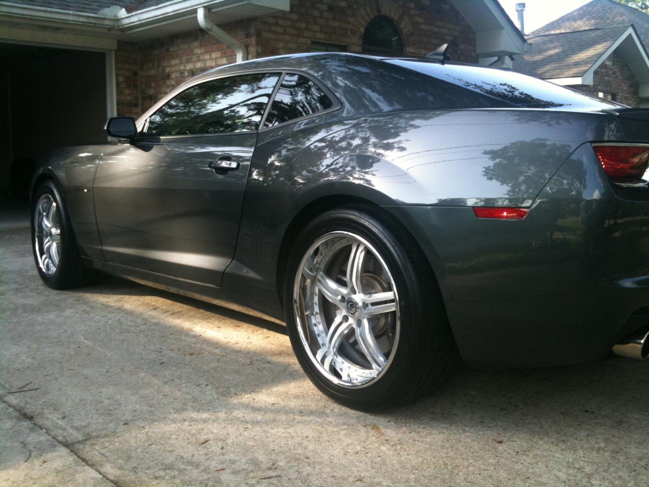 custom 2010 camaro rs ss wheels tires for sale camaro5. Black Bedroom Furniture Sets. Home Design Ideas