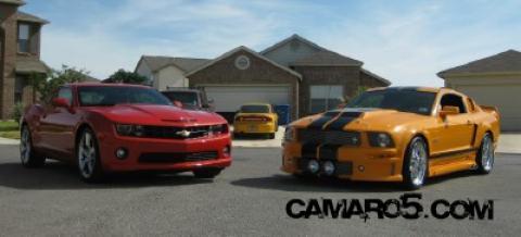 Camaro_Mustang6-1.jpg