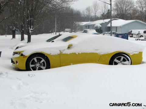 Camaro in snow.jpg