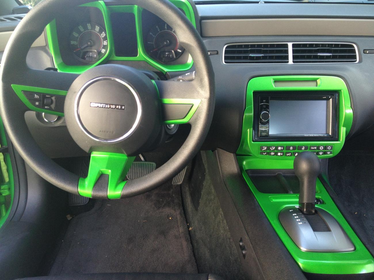 Painted Some Interior Parts Green Pics Camaro5 Chevy Camaro Forum Camaro Zl1 Ss And V6