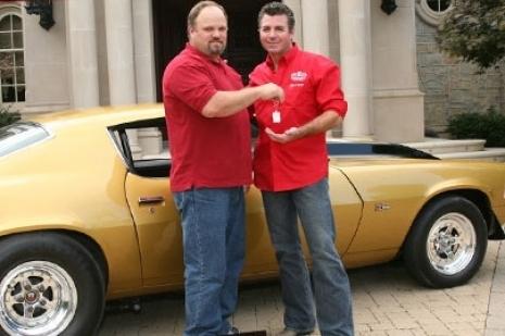 Papa John's Camaro found. Celebrating by giving away free pizza to all Camaro owners tomorrow! Oj4v8cid